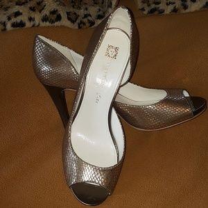 Anne klein peeptoe heels